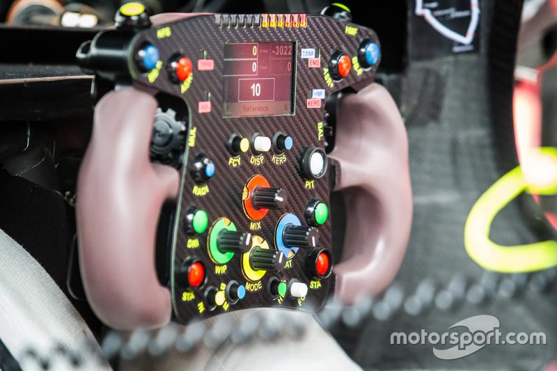 Steering wheel for #7 Audi Sport Team Joest Audi R18 e-tron quattro: Marcel Fässler, Andre Lotterer,