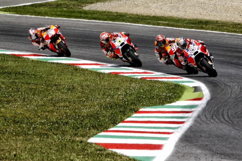 Andrea Dovizioso, Ducati Team; Marc Marquez, Repsol Honda; Andrea Iannone, Ducati Team, und Dani Pedrosa, Repsol Honda Team