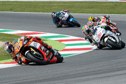 Stefan Bradl, Forward Racing Yamaha y Nicky Hayden, Aspar Racing Team Honda