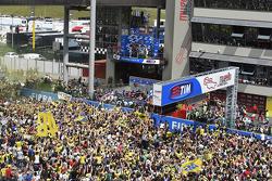 Podium: segundo lugar, Andrea Iannone, Ducati Team y el ganador, Jorge Lorenzo y el tercer lugar, Valentino Rossi, Yamaha Factory Racing