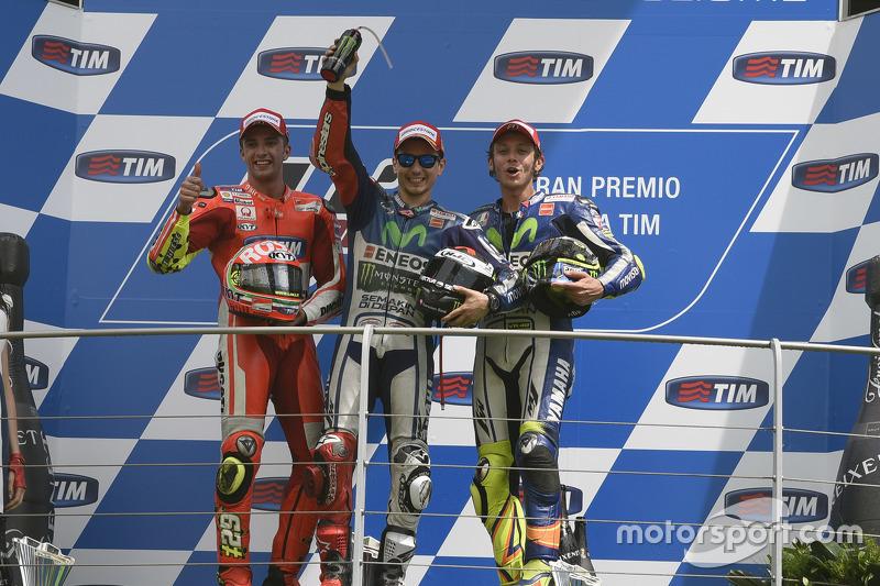 2015: 1. Jorge Lorenzo, 2. Andrea Iannone, 3. Valentino Rossi