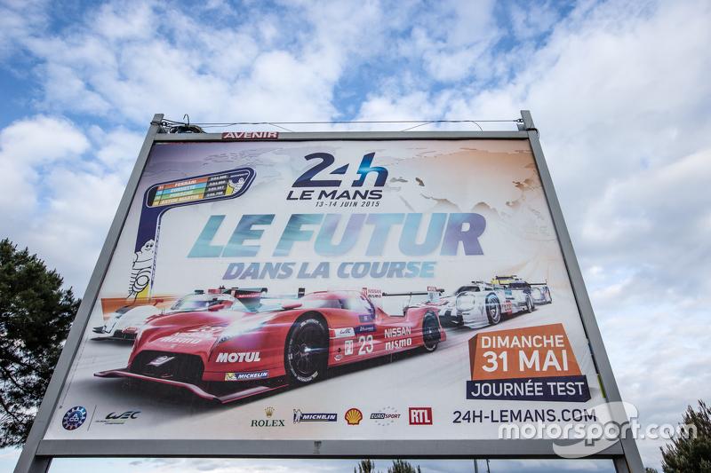 Anzeigetafel am Testtag zu den 24 Stunden von Le Mans