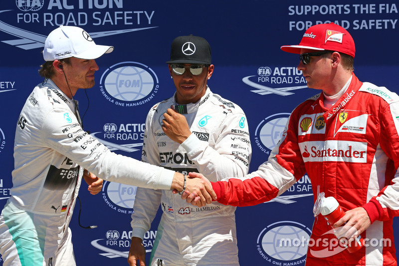 Calificados los tres primeros en el parc ferme, Nico Rosberg, de Mercedes F1, hombre de la pole Lewi