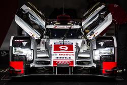 #9 Audi Sport Team Joest Audi R18 e-tron quattro