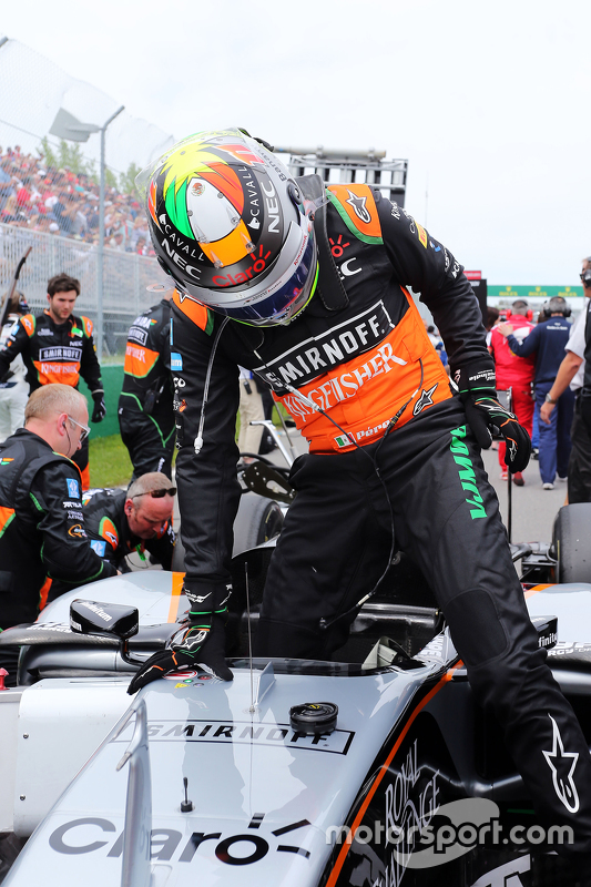Sergio Perez, Sahara Force India F1 VJM08 no grid