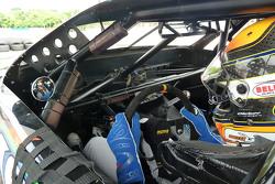 Matt Brabham testet ein Late Model von David Gilliland Racing
