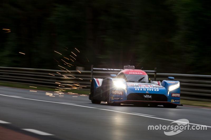 #21 Nissan Motorsports, Nissan GT-R LM NISMO: Tsugio Matsuda, Lucas Ordonez, Mark Shulzhitskiy