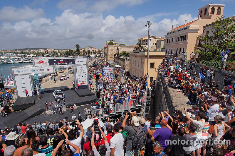 Podium: winners Sébastien Ogier and Julien Ingrassia, Volkswagen Polo WRC, Volkswagen Motorsport, second place Hayden Paddon and John Kennard, Hyundai i20 WRC, Hyundai Motorsport, third place Thierry Neuville and Nicolas Gilsoul, Hyundai i20 WRC, Hyundai