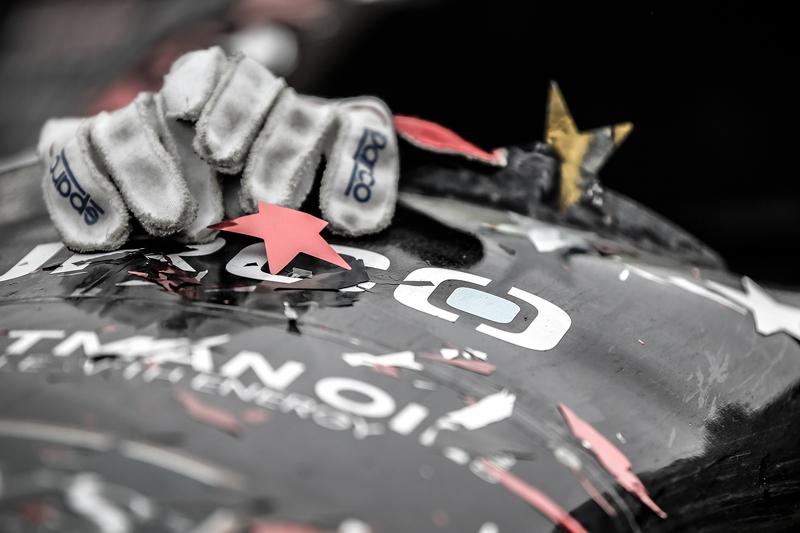 Race winner Josef Newgarden, CFH Racing Chevrolet