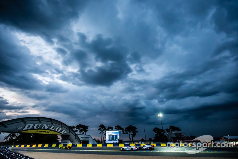 #53 Riley Motorsports Dodge Viper GTS-R: Бен Кітінг, Йерун Блекемолен, Марк Міллер, #8 Audi Sport Te