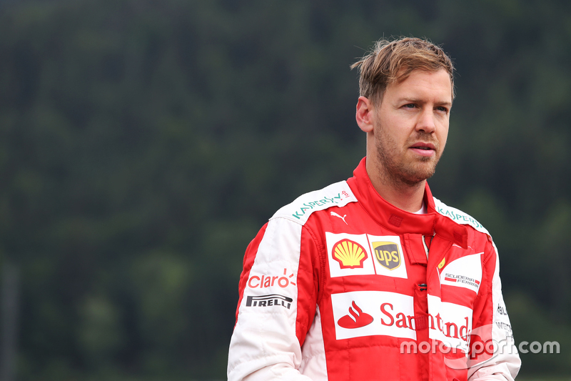 Sebastian Vettel, Ferrari stops on the circuit in the first practice session