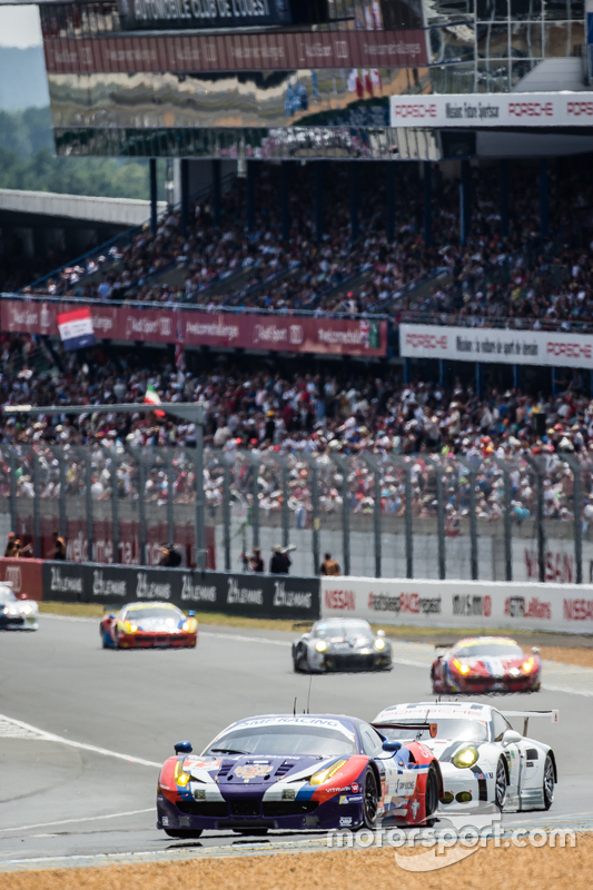#72 SMP Racing, Ferrari 458 GTE: Andrea Bertolini, Viktor Shaitar, Alexey Basov