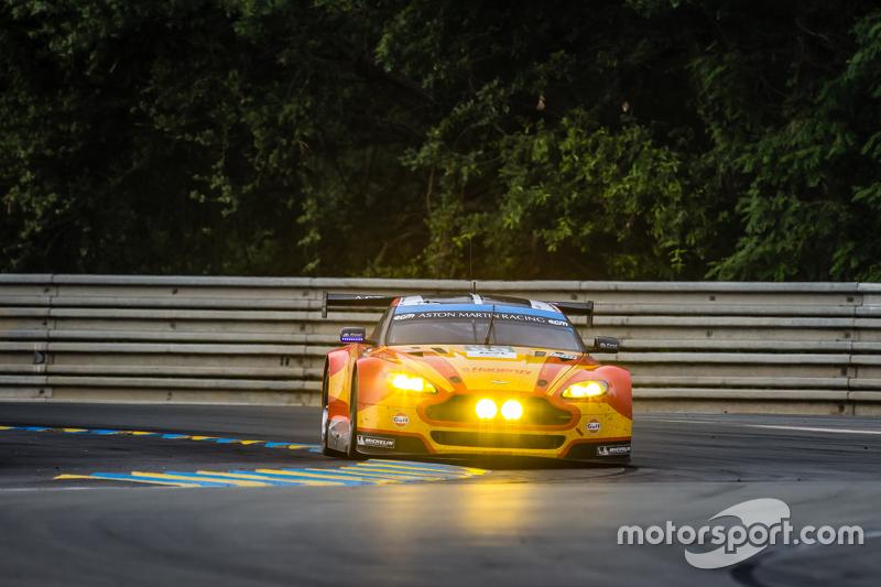#99 Aston Martin Racing, V8 Aston Martin Vantage GTE: Fernando Rees, Alex MacDowall, Richie Stanaway