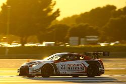 #23 Nissan GT Academy Team RJN Nissan GT-R Nismo GT3: Кацумаса Чийо, Вольфганг Райп, Алекс Банкомб