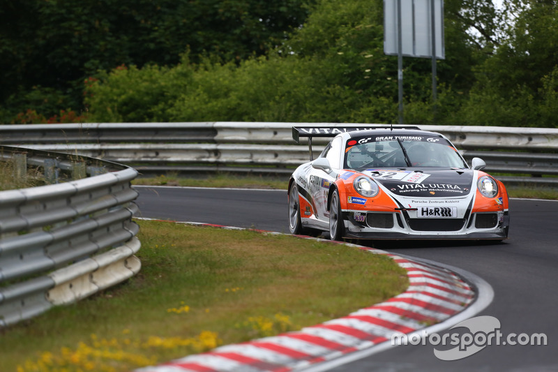 #62 Frikadelli Racing Team Porsche 991 GT Cup America: Frank Kraling, Marc Gindorf, Christopher Brück