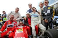 Desfile de leyendas: Christian Danner; Riccardo Patrese; Gerhard Berger; Niki Lauda; Jean Alesi; Nelson Piquet; Pierluigi Martini; Alain Prost.   20.06.2015. Formula 1, Rd 8, Austria Grand Prix, Spielberg, Austria, calificación.   - www.xpbimages.com, EMail: requests@xpbimages.com - © Copyright: GEPA / XPB Images