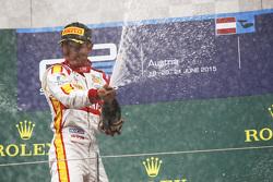 Le vainqueur Rio Haryanto, Campos Racing