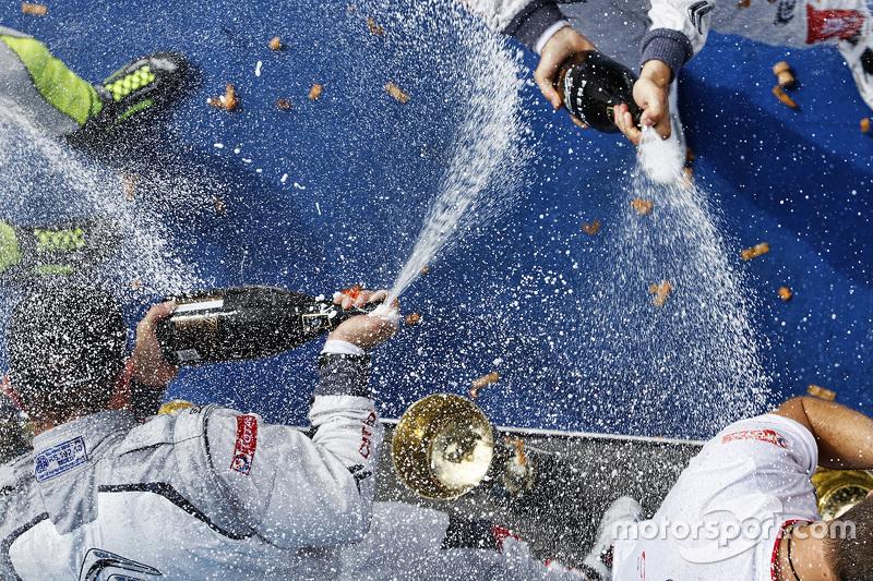 шампанське для all