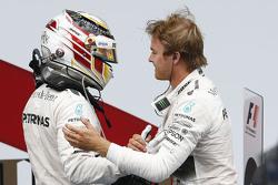 Race winner Nico Rosberg, Mercedes AMG F1 Team and second place Lewis Hamilton, Mercedes AMG F1 Team