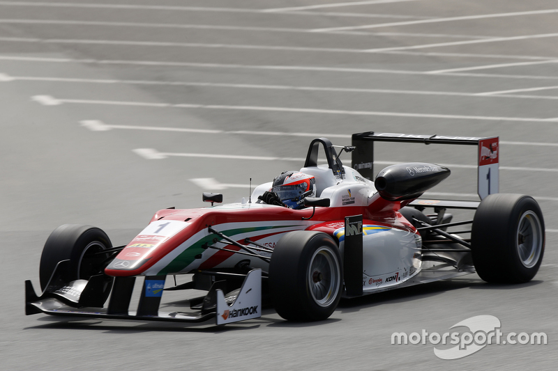 1. Felix Rosenqvist, Prema Powerteam, Dallara Mercedes-Benz