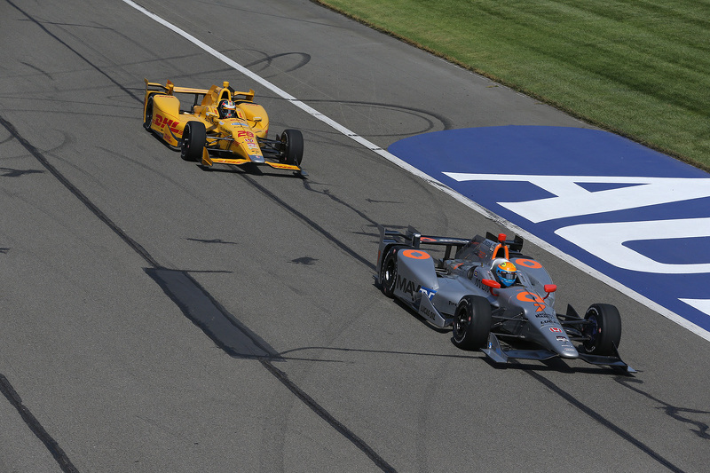 Ryan Hunter-Reay, Andretti Autosport Honda and James Jakes, Schmidt Peterson Motorsports