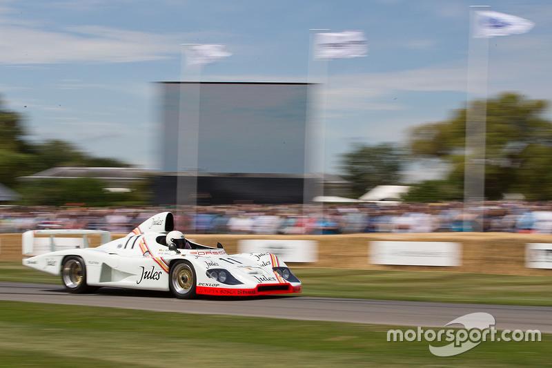 Porsche 936/81 - Derek Bell