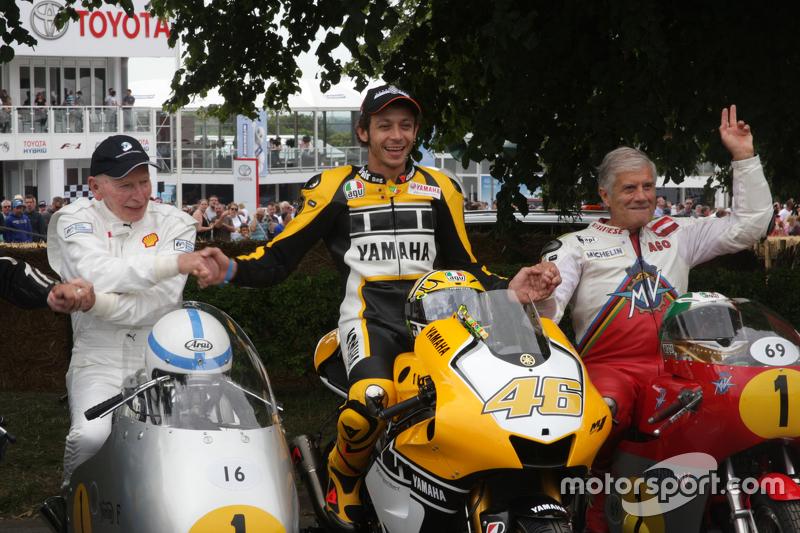 Leyendas del motociclismo en el Festival de la Velocdad