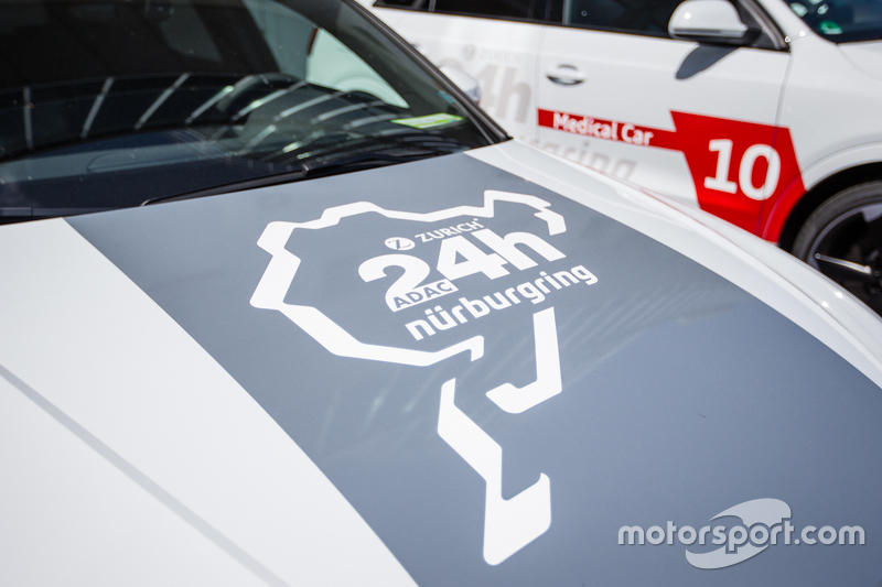 24 Stunden am Nürburgring: Audi-Serviceauto, Logo-Detail