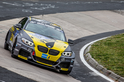 #315 Race House Motosport BMW M235i Racing: Dag von Garrel, Olivier Fourcade, Meyrick Cox