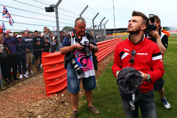 Will Stevens, Manor F1 Team with the fans