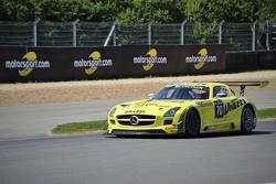 Mercedes SLS GT3 экипажа Алексея Карачёва и Кристофа Бушю