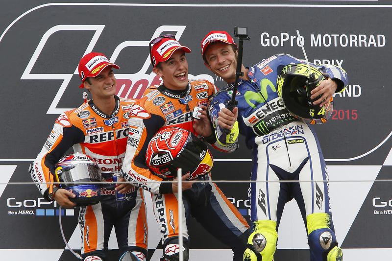 Podio: 1º Marc Márquez, 2º Dani Pedrosa, 3º Valentino Rossi