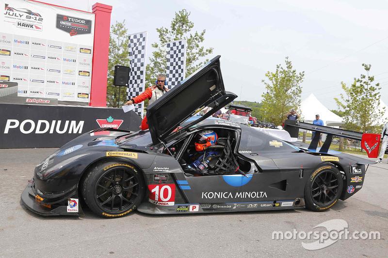 #10 Wayne Taylor Racing Corvette DP: Ricky Taylor, Jordan Taylor meraih kemenangan