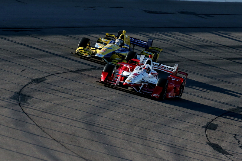 Juan Pablo Montoya, Team Penske Chevrolet and Marco Andretti, Andretti Autosport Honda