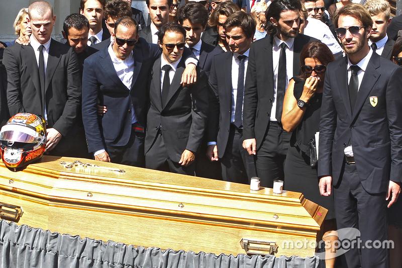 Пастор Мальдонадо, Феліпе Масса, Жан-Ерік Вернь attend the funeral of Жуль Бьянкі в Ніцці, Франція