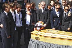 Sebastian Vettel, Romain Grosjean, Pastor Maldonado, Felipe Massa, presentes en el funeral de Jules Bianchi en Niza, Francia