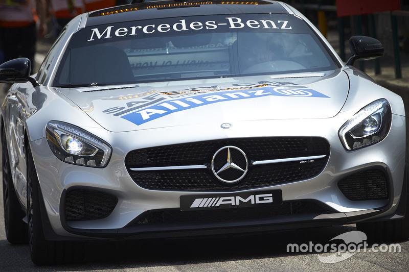 Mercedes güvenlik aracı