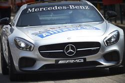 Mercedes? машина безопасности