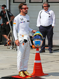 0b57d078792 Frustrated  Bored  Fed up  What s eating Fernando Alonso