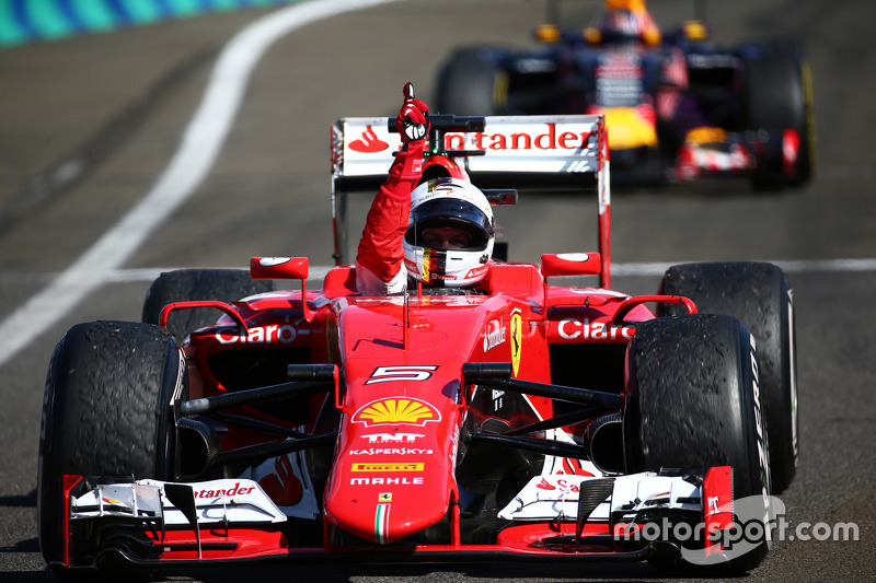 Pemenang balapan, Sebastian Vettel, Ferrari