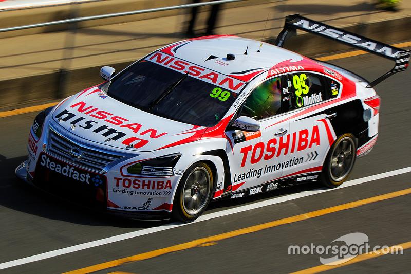 Taz Douglas, Nissan Motorsports