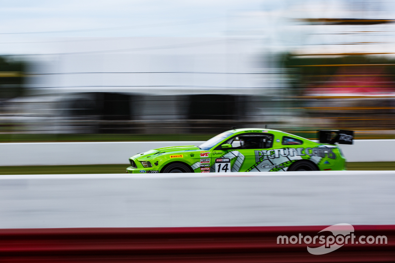 #14 Rehagen Racing Ford Mustang Boss 302: Nathan Stacy