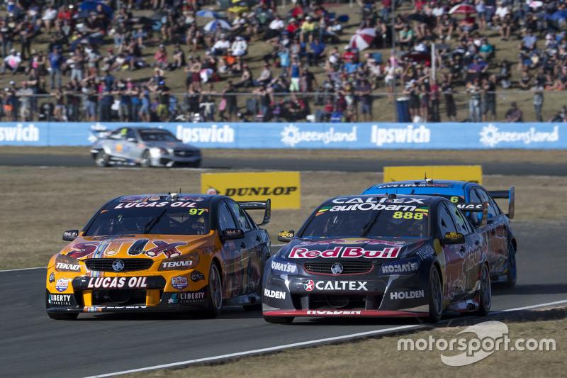 Craig Lowndes, Triple Eight Race Engineering Holden dan Shane van Gisbergen, Tekno Autosports Holden