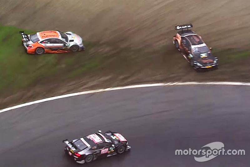 Timo Scheider, Audi Sport Team Phoenix, Audi RS 5 DTM, fährt weiter, nachdem Pascal Wehrlein, HWA AG