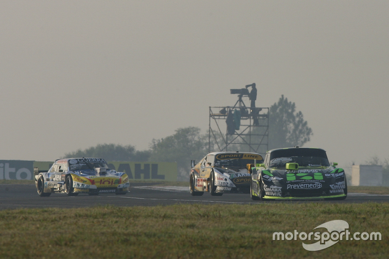 Мауро Галломбардо, Maquin Parts Racing Ford та Леонель Пернія, Las Toscas Racing Chevrolet та Хосіто