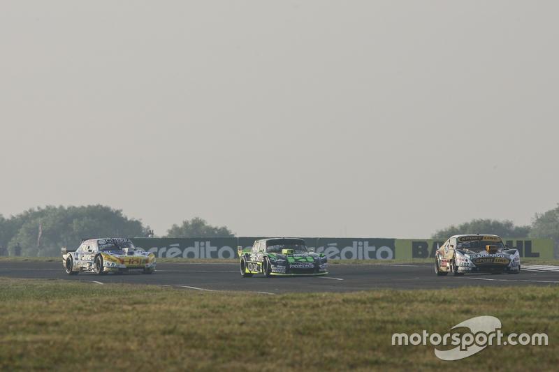 Leonel Pernia, Las Toscas Racing Chevrolet, dan Mauro Giallombardo, Maquin Parts Racing Ford, dan Jo