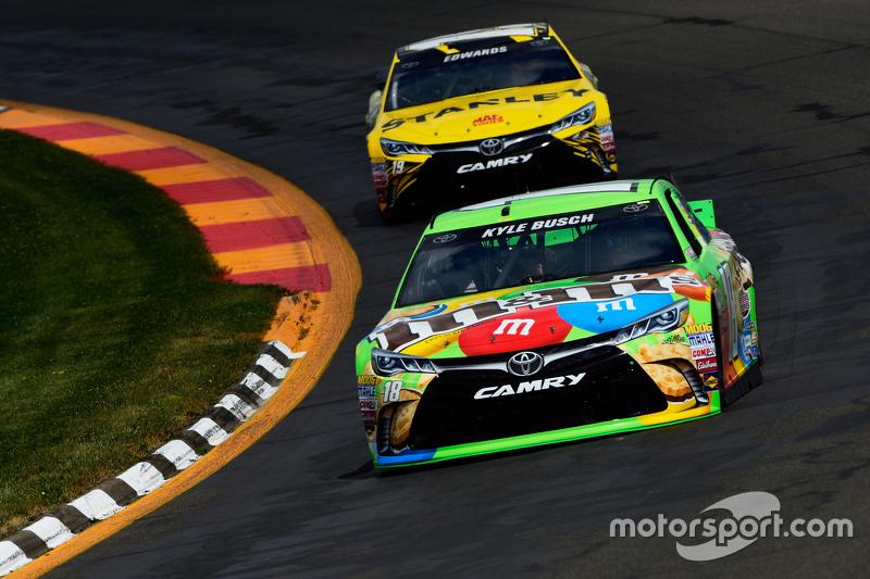 Kyle Busch and Carl Edwards, Joe Gibbs Racing Toyotas