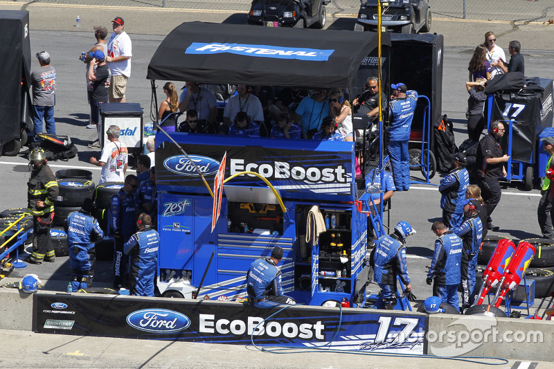 Roush Fenway Racing pit stall