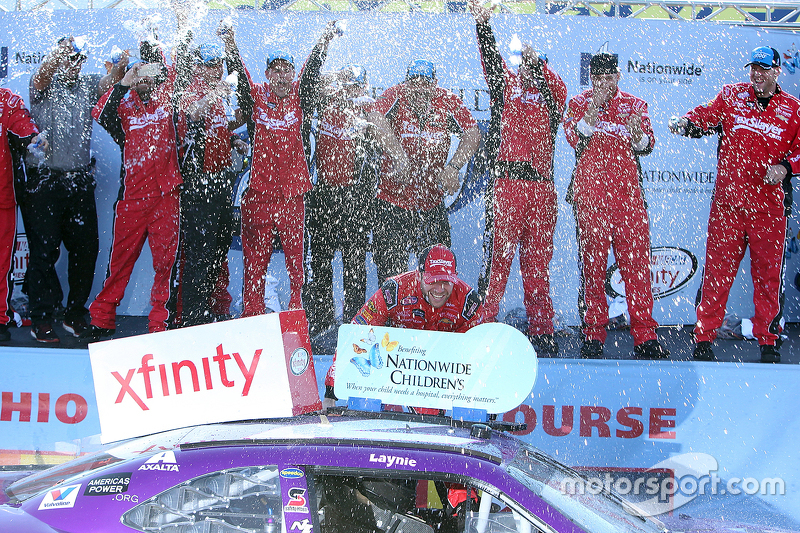 Juara balapan Regan Smith, JR Motorsports Chevrolet