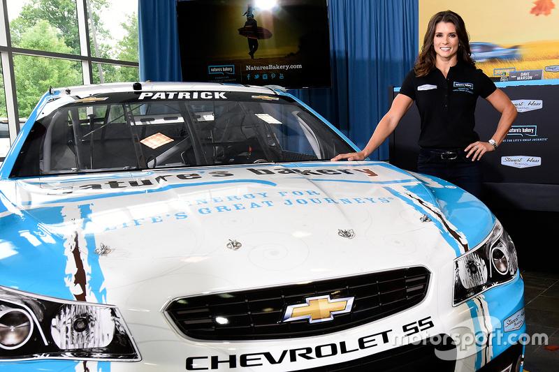 Startnummer 10: Danica Patrick (Stewart/Haas-Chevrolet)
